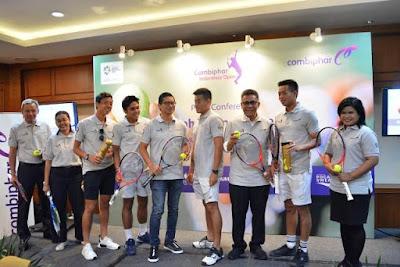foto bersama para atlet dan narasumber serta sponsor combiphar tennis open 2018 nurul sufitri
