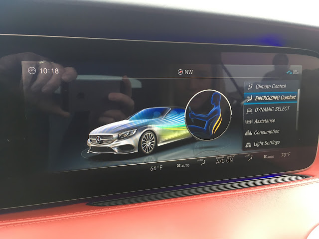Multi-function display in 2018 Mercedes-Benz S560 Cabriolet
