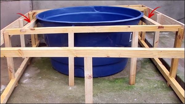 construção da piscina de caixa d'água