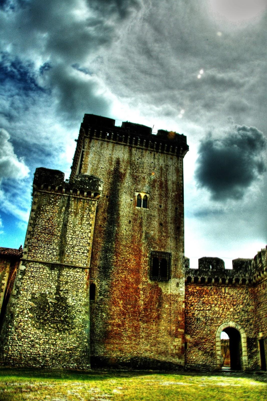 Burgo Medieval e Castelo de Sermoneta