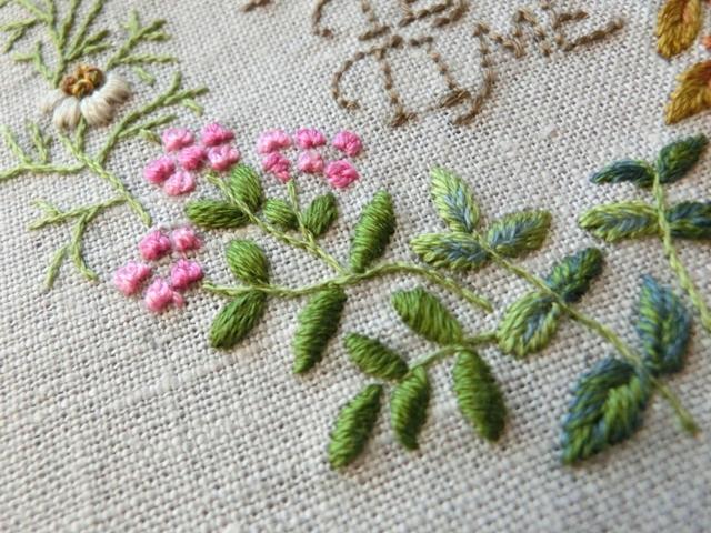 Sadako Totsuka, Herb embroidery on linen, японская вышивка, садако тоцука, вышивка гладью