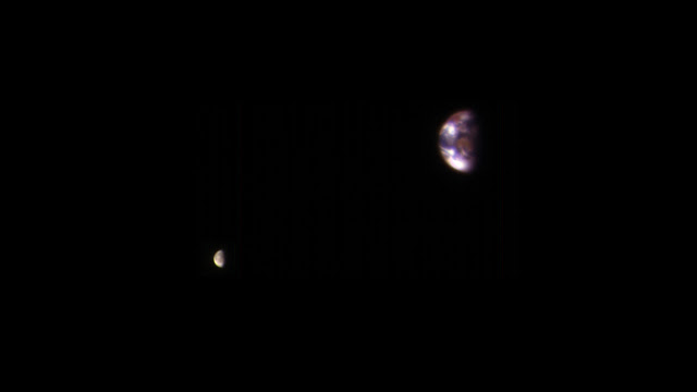 Earth and Moon seen by Mars Reconnaissance Orbiter spacecraft from 205 million kilometers away