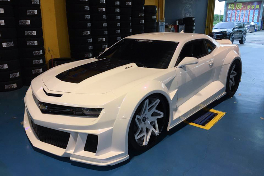 If Stormtroopers Used Cars This Camaro Zl1 Would Be Their