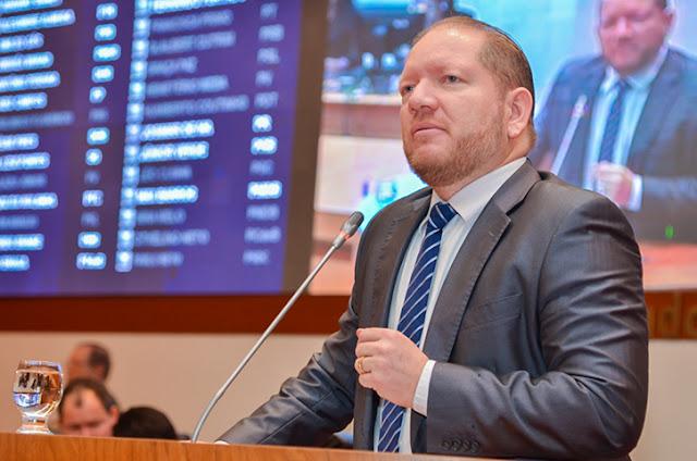 Resultado de imagem para Plenário aprova projeto de Othelino Neto permitindo convênio entre a Polícia Militar e prefeituras municipais