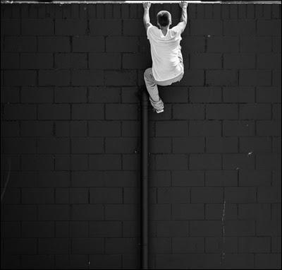 Escalader un mur