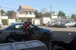 http://vnoticia.com.br/noticia/1998-homem-armado-rouba-malote-em-estacionamento-de-supermercado-em-sao-francisco-de-itabapoana