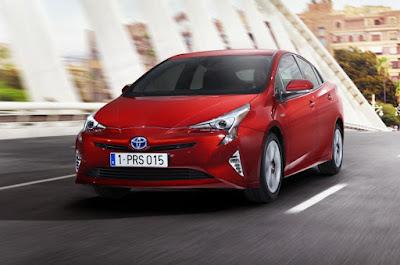 2016 Next Toyota Prius Starting PRice £23,295 front view
