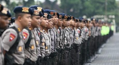 Tambah Personil Amankan Sidang Ahok, Polisi Cek Kabar Rizieq Karahkan Massa