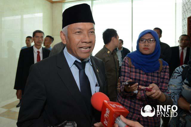 Pimpinan DPR Setuju Rencana Kenaikan Gaji PNS