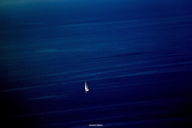 bateau sur l eau retour des mers lointaines