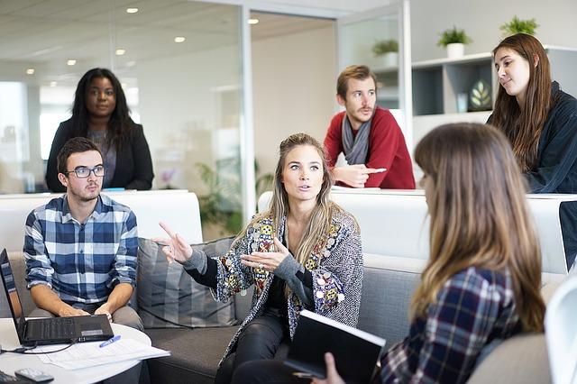 Kemampuan Berkomunikasi Agar Berhasil di Tempat Kerja