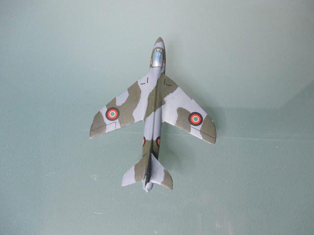 1/144 Hawker Hunter FGA.9 Kenya diecat aircraft