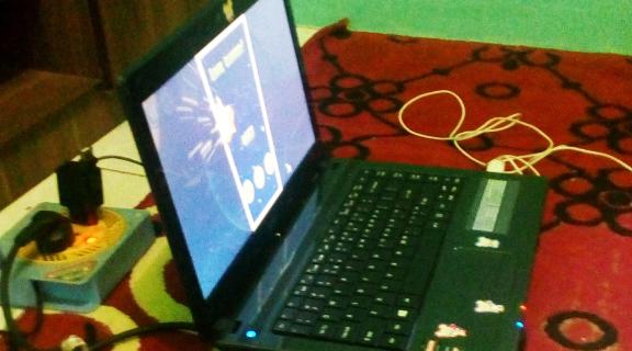 Laptop Acer Terendam Banjir, Lalu Dipendam di Dalam Beras, Akhirnya Laptop Mati Total ini Kembali Menyala