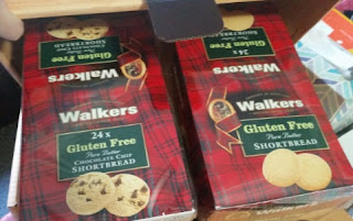 walker shortbread summer pack