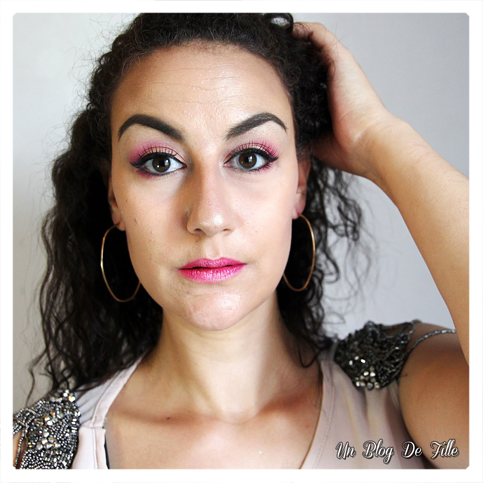 https://unblogdefille.blogspot.com/2018/05/maquillage-corail-et-rose-fushia-msc.html