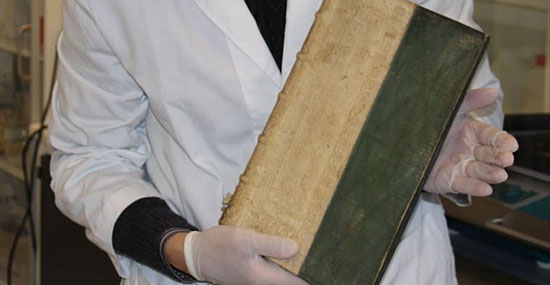 Mistério dos antigos livros venenosos pode finalmente ter sido solucionado - Capa