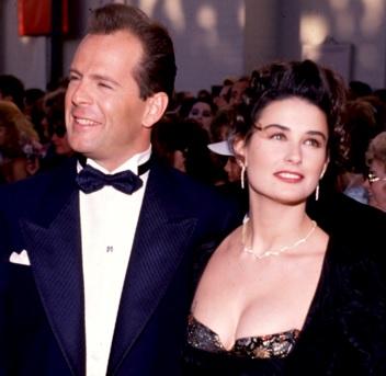 Foto de Demi Moore en evento junto a Bruce Willis
