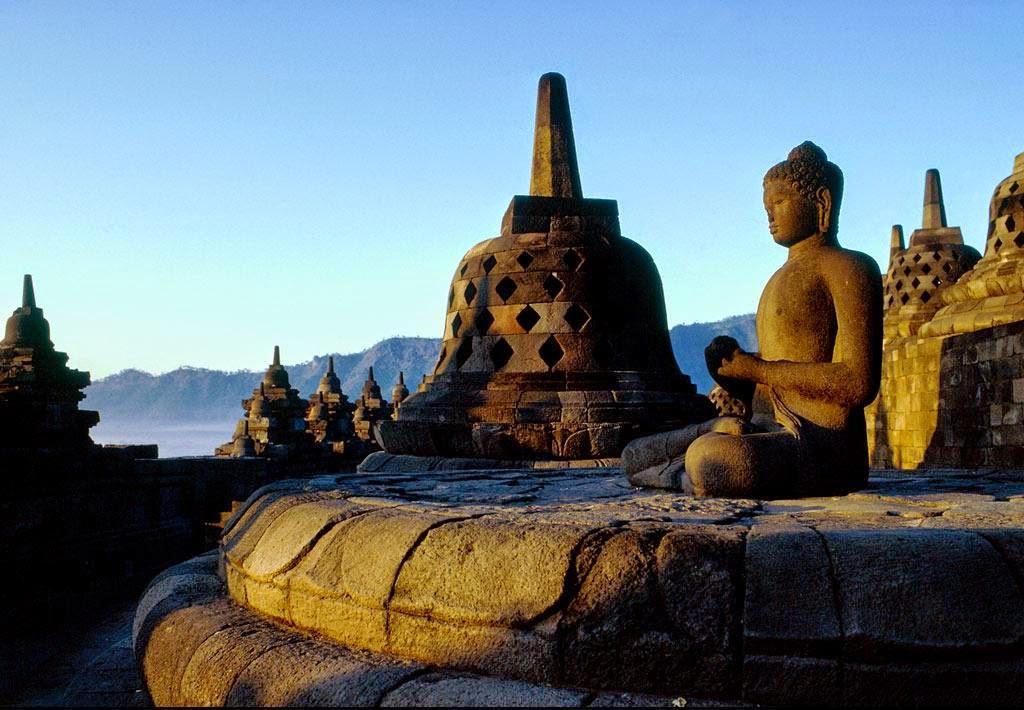 5 Keunikan Candi Borobudur