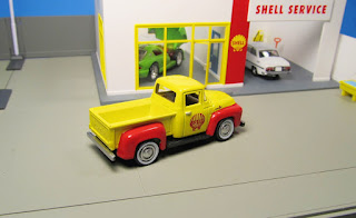 GreenLight Shell  Ford F-100 pickup