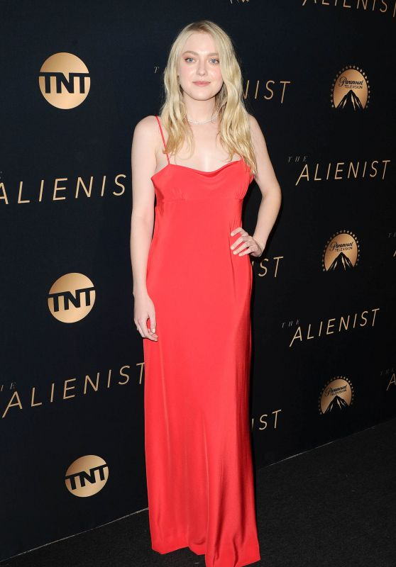"Dakota Fanning – TNT's ""The Alienist"" Premiere"