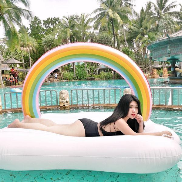 """Hotgirl vòng 1 """"khủng"""" của Malaysia vướng nghi án PTTM để có vẻ ngoài nóng bỏng như hiện tại"""