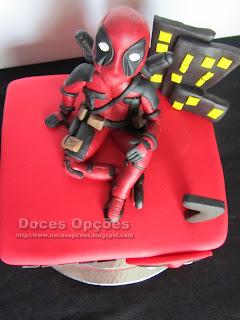 Deadpool marvel comics cake
