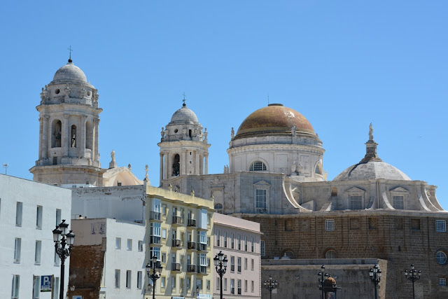 Plaza de la Cathedral Cadiz