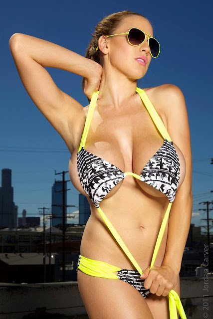 Jordan-Carver-Lax-hot-and-sexy-Photoshoot-picture-17