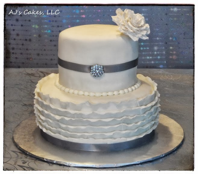 Aj S Cakes Silver And White 25th Anniversary Cake