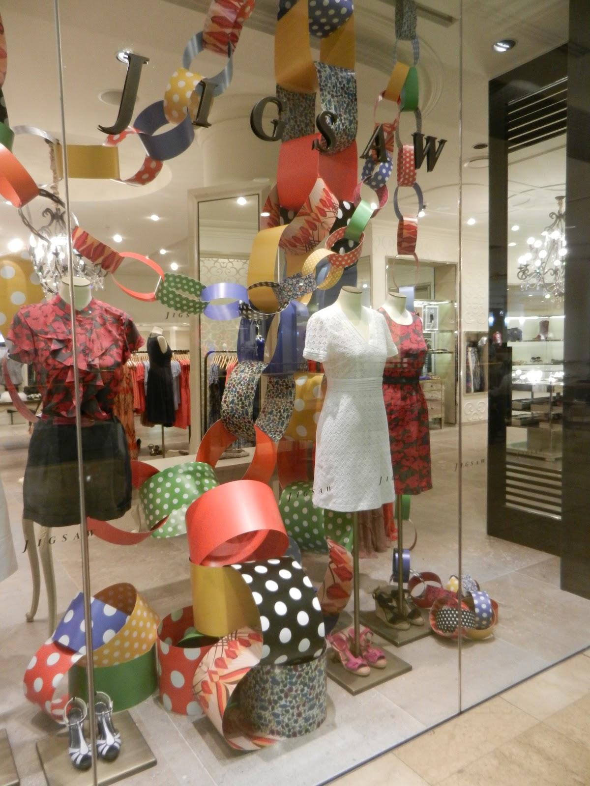 Louise Goodman Visual Merchandising Jigsaw Christmas