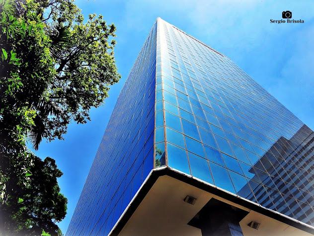 Perspectiva inferior da fachada do Edifício Parque Cultural Paulista - Bela Vista - São Paulo
