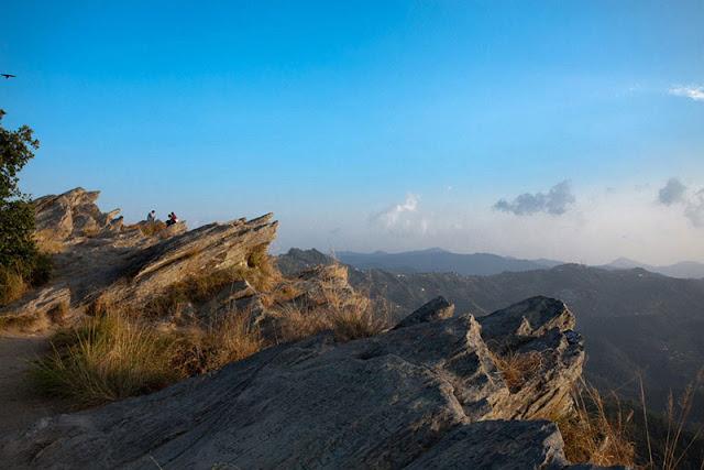 mukteshwar,rock climbing,chauli ki jali rock climbing,how to reach mukteshwar,mukteshwar dham,mukteshwar uttarakhand,mukteshwar temple uttarakhand,nainital to mukteshwar chauli ki jali rock climbing gopro,waterfall in mukteshwar,hill view in mukteshawar,places to visit in mukteshwar,mukteshwar dham temple chauli ki jali rock climbing gopro india,mukteshwar temple,rock climbing at uttarakhand