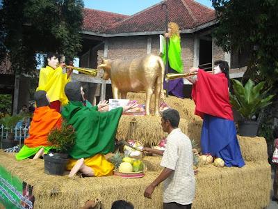 Foto Perayaan Unduh-Unduh di GKJW Mojowarno - Jombang Tahun 2013