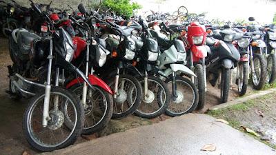 10 Motos com registro de roubo são recuperadas pelo GSA do 16º Batalhão e Policial Civil na zona rural de Chapadinha
