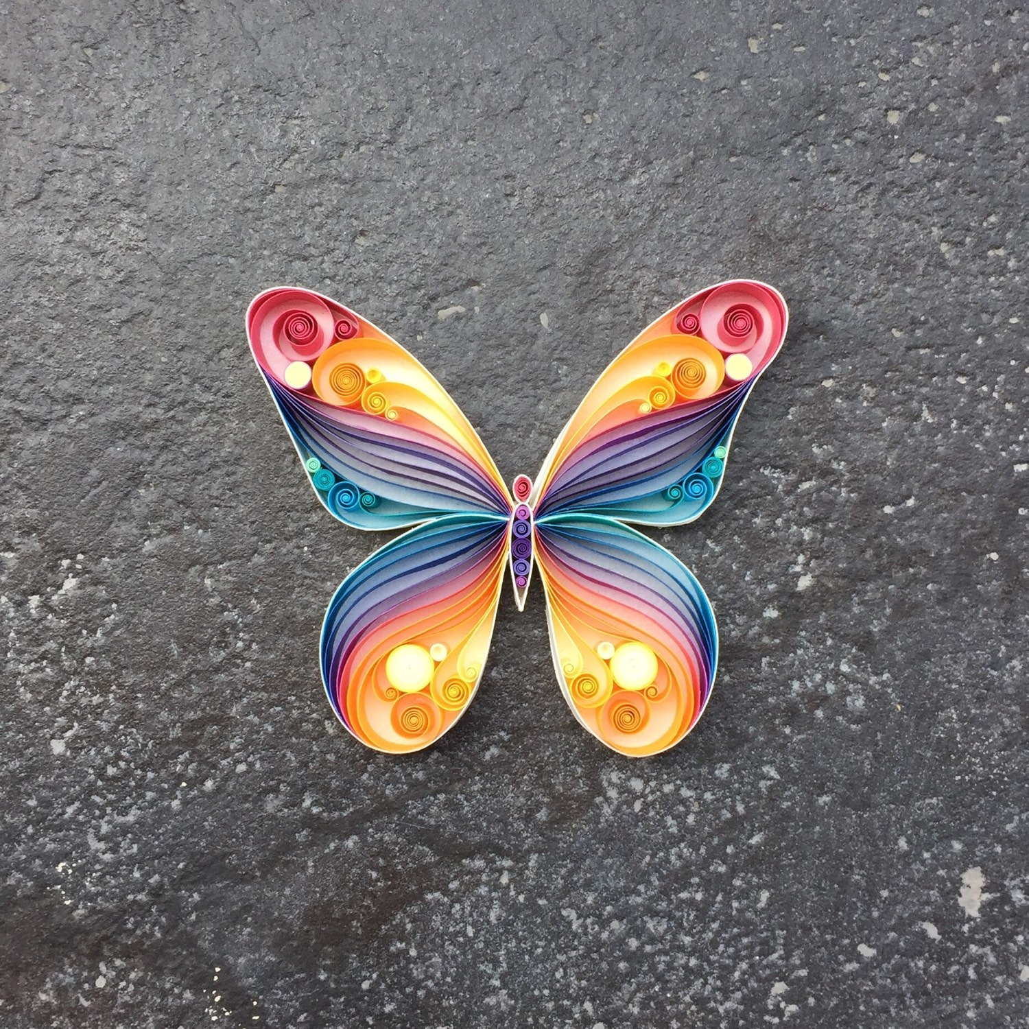 15-Butterfly-Sena-Runa-Beautiful-Designs-Accomplished-with-Paper-Quilling-Art-www-designstack-co