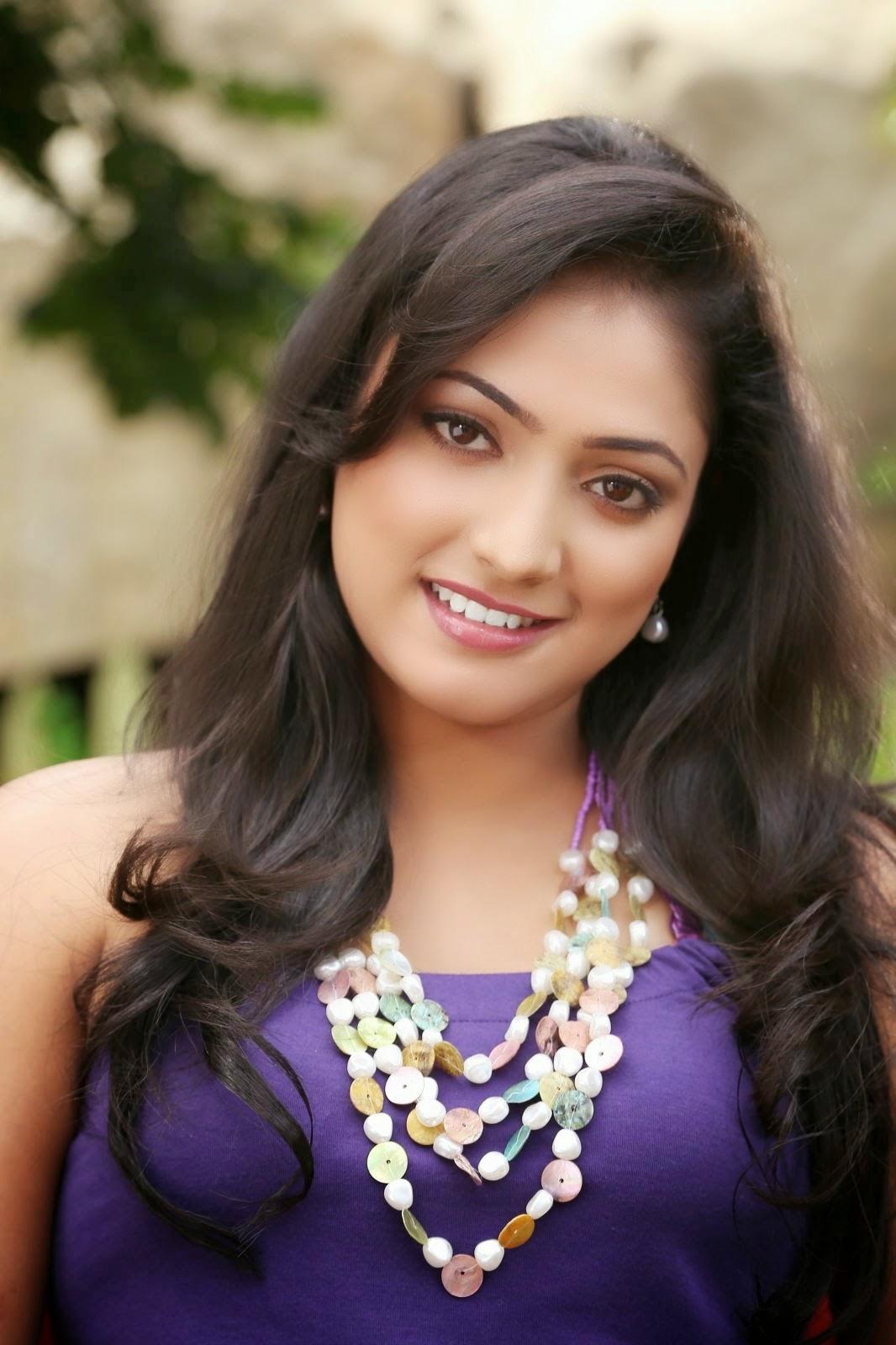 Actress Haripriya Glamorous Photos Stills - Shiner Photos-6948