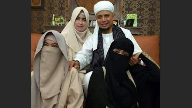 Arifin Ilham: Punya Istri 3 Masya Allah, Punya Istri 4 Allahu Akbar !!