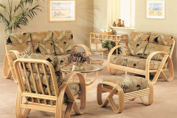How to Re-Varnish Rattan Furniture