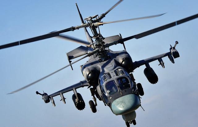 Um helicóptero do modelo KA-52 lançou acidentalmente um míssil em direção a um grupo de espectadores dos Jogos de Guerra da Rússia, em São Petersburgo.