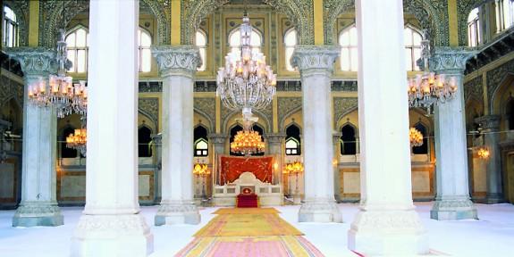 Istana Chowmahalla Kemegahan Islam di Hyderabad