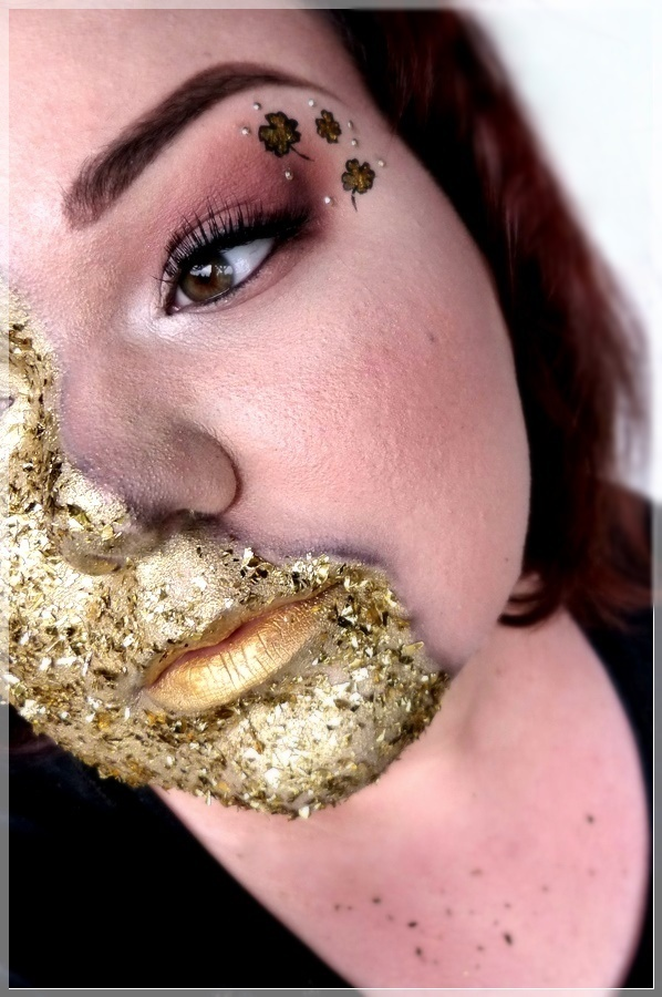 makeupart mit Gold