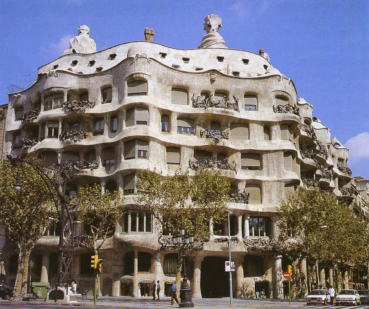 Casa Mila: Painting Box: PATTERNS PULLED FROM THE SEA