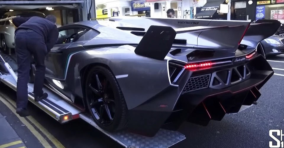 Ultra Rare Lamborghini Veneno Lands In London To Scare Naughty Children W Video