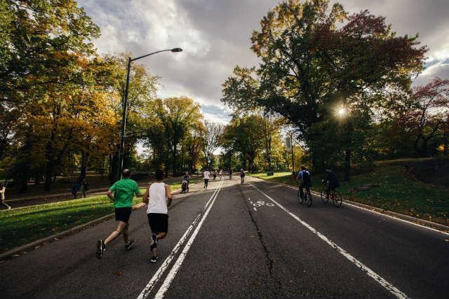 Running deporte top para un estilo de vida saludable