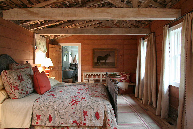 Rustic decor inspiration beautiful barn conversions for Rustic elegant bedroom