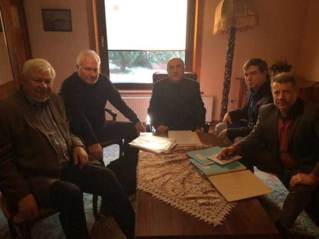 Armenia y Azerbaiyán discutieron en buen clima el tema Karabaj