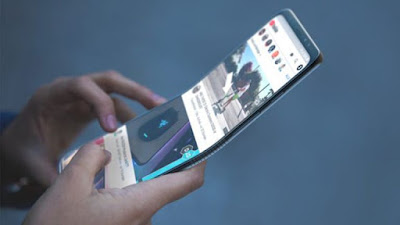 samsung foldable smartphone razr design