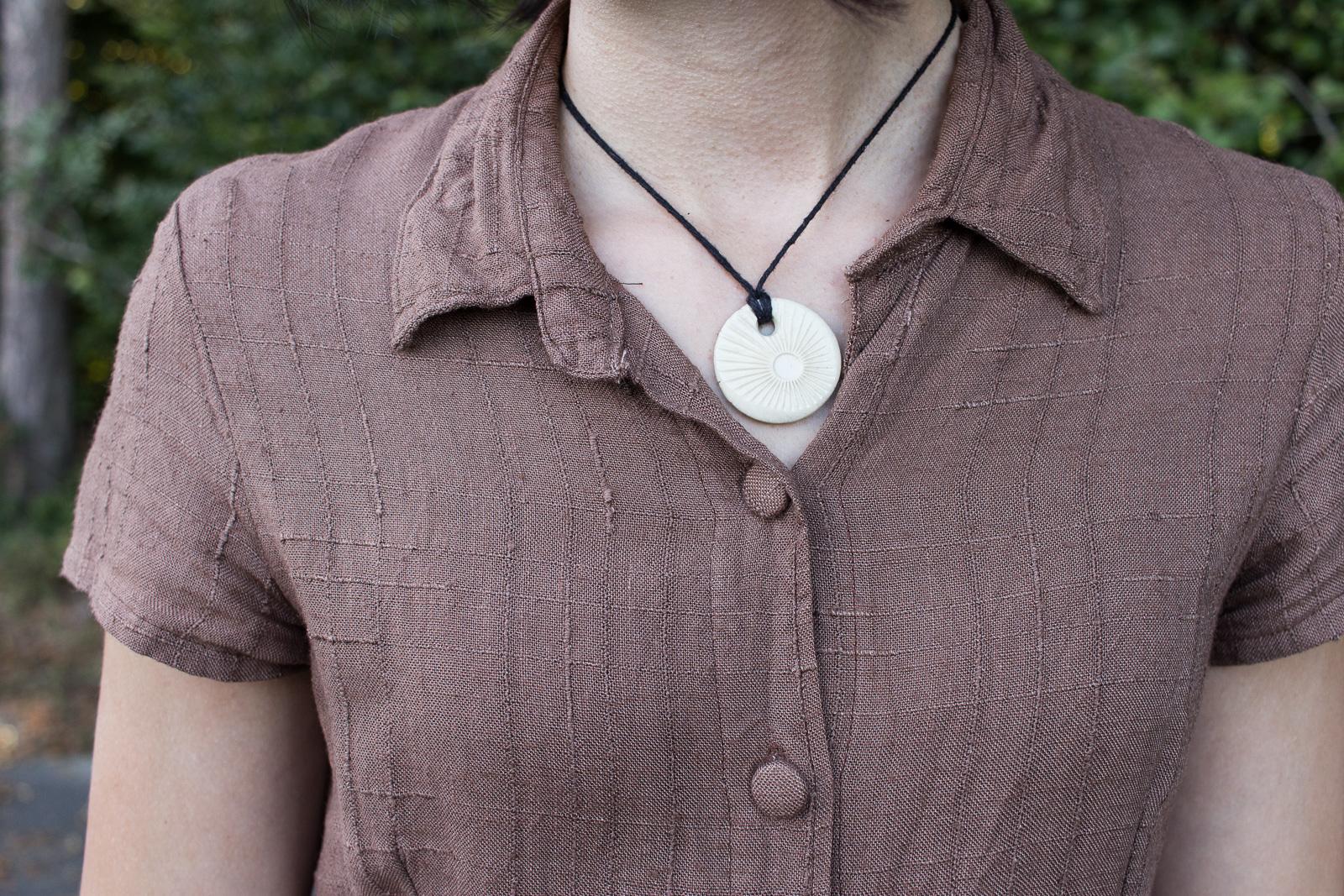 DIY Hemdblusenkleid Dolores von Milchmonster - Leinenkleid selber nähen - Details Kragen