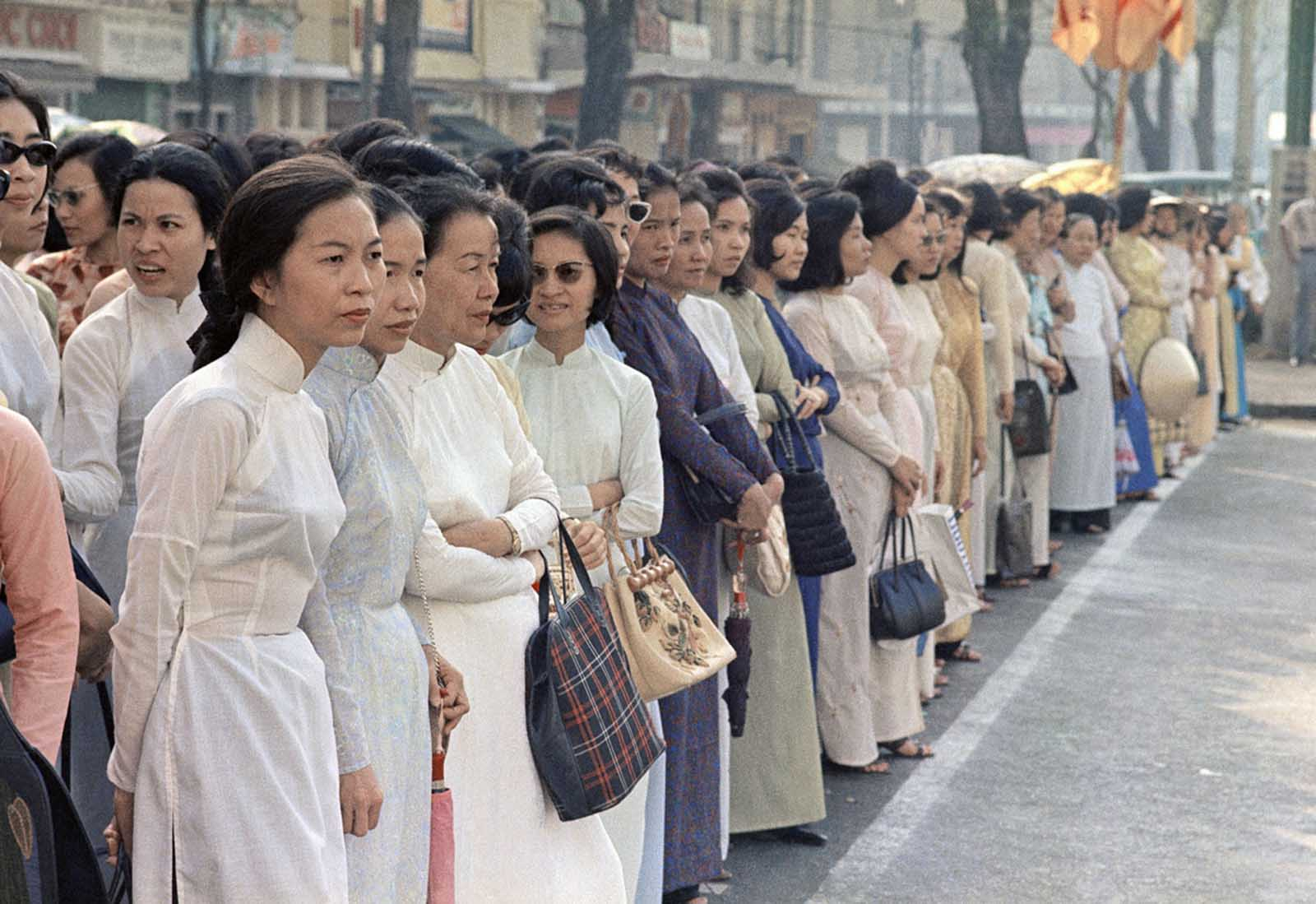 Vietnamese women on the streets of Saigon, April 1968.