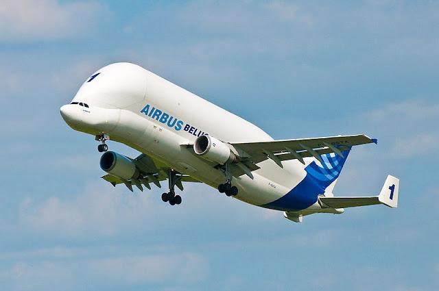 Gambar Pesawat Airbus Beluga 02